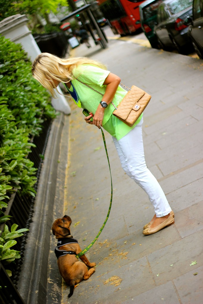 fashion blog neon the die chanel