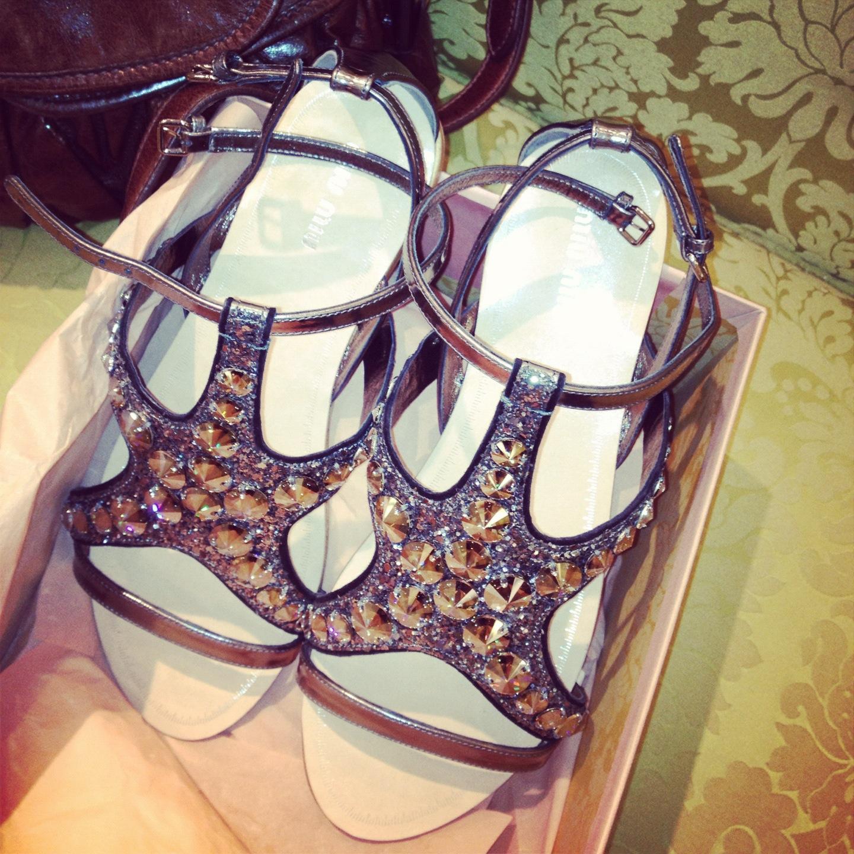 miu miu star fish shoes sandals fashion blog