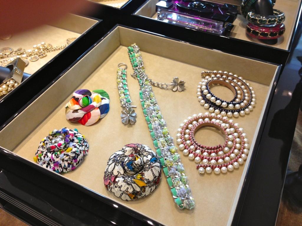chanel costume jewellery