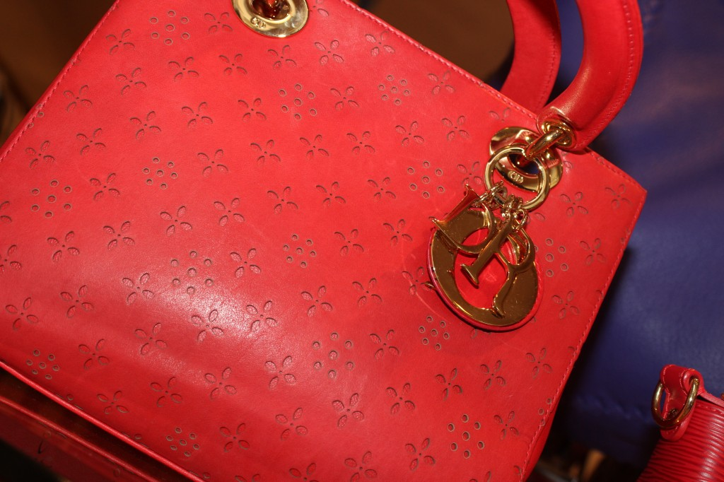 red lady dior
