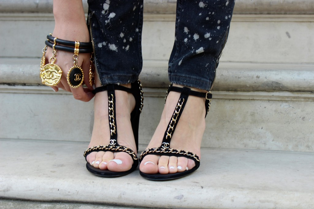 chanel chain shoes