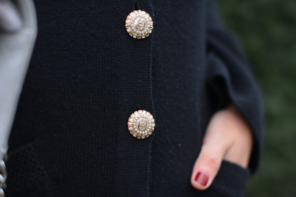 chanel pearl buttons