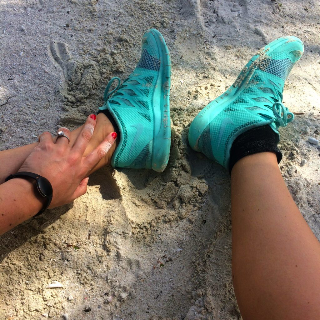 turquoise nike trainers free runners